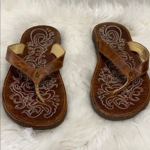 Olukai Paniolo Women's Leather Sandals size 8